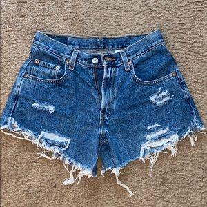 Levi jean shorts